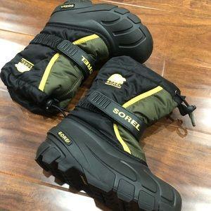 SOREL Flurry Kids Youth Winter Snow Boots, Black